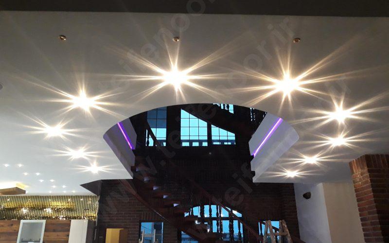 نورپردازی سقف با کریستال سواروفسکی